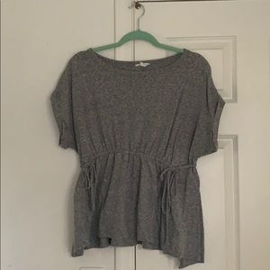 Caslon Gray flowy top, size small